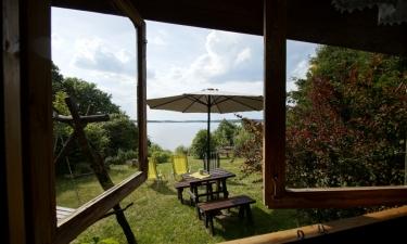 Noclegi nad jeziorem Gołdopiwo, Mazury domki nad jeziorem